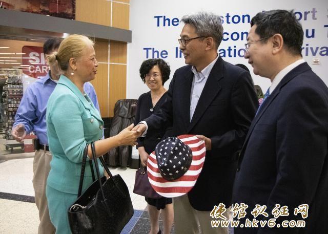 中国驻休斯敦总领事蔡伟抵达休斯敦履新